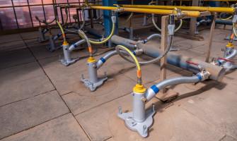 Dopojení pece na výrobu cihel nerezovou hadicí GAS PROFI s ventilem